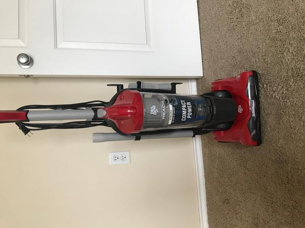 Dirt Devil Vaccum Cleaner